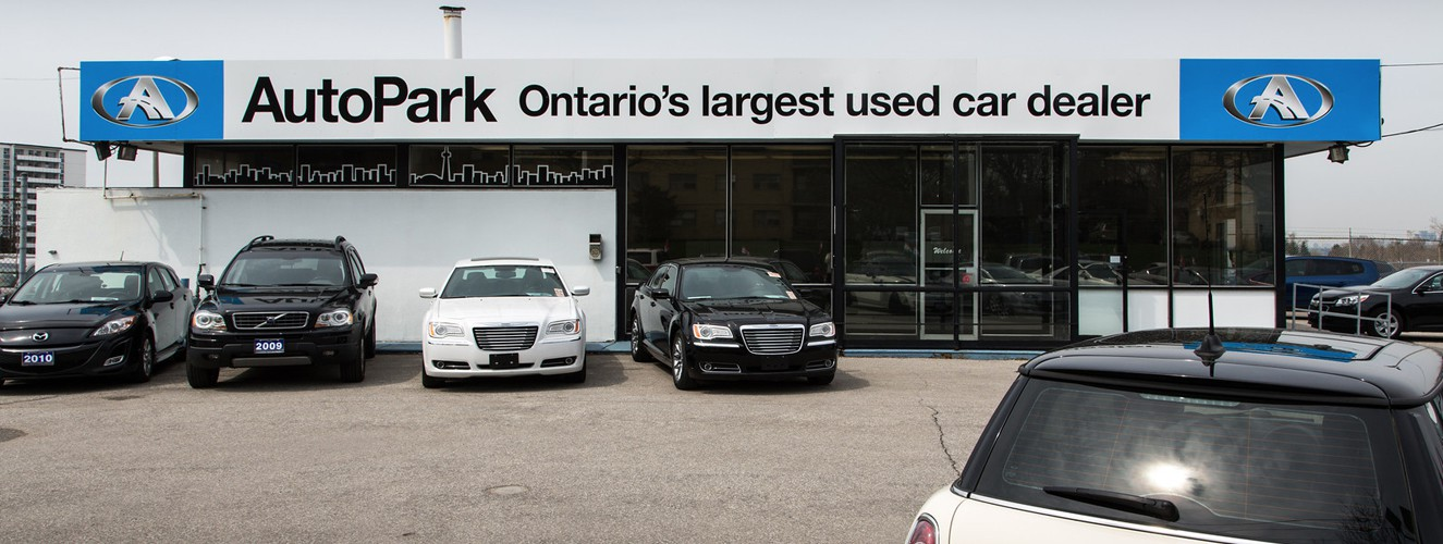 Used car dealership AutoPark Toronto